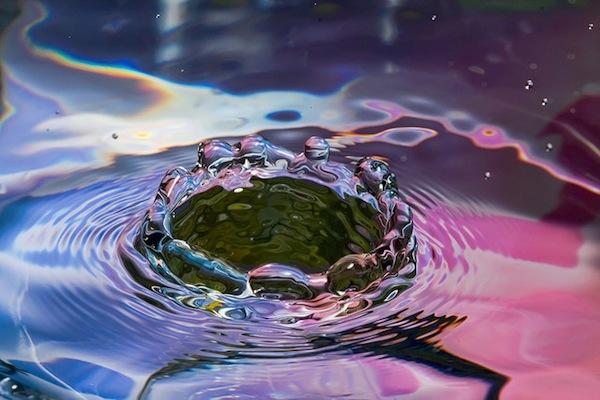 Un Grazie cambia le molecole dell'acqua...